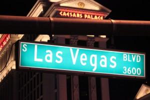 Der Las Vegas Boulevard wird auch Strip genannt.