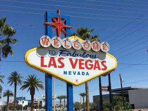 Weltbekannt und bei Touristen auch sehr beliebt. Das Welcome To Las Vegas Schild.