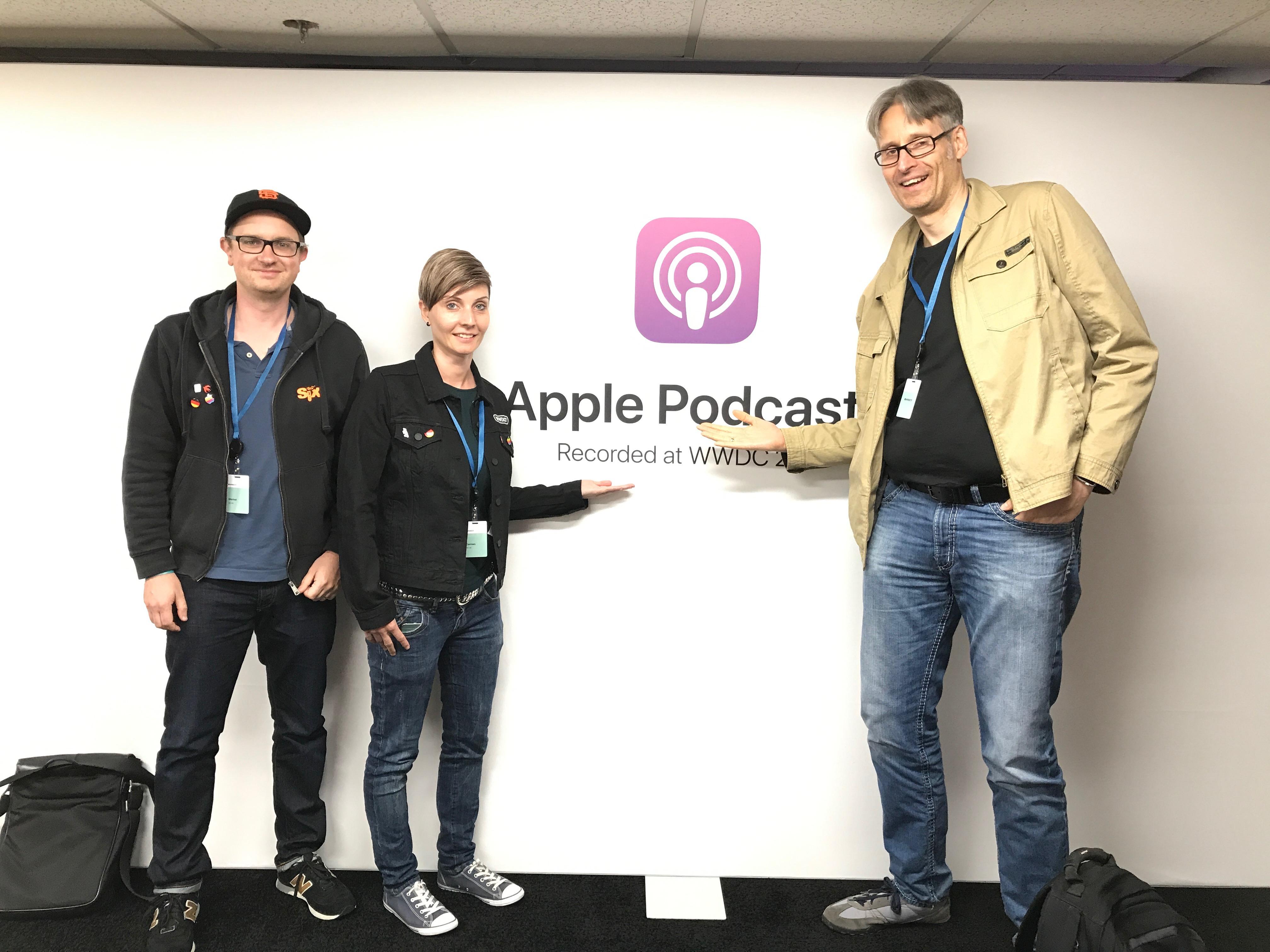 Werner, Carmen und ich im Apple-Podcast-Studio.